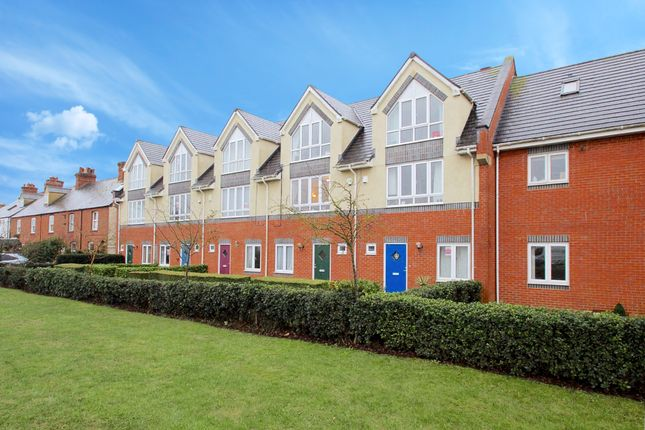 Thumbnail Terraced house to rent in Tower Court, Witney, Oxfordshire