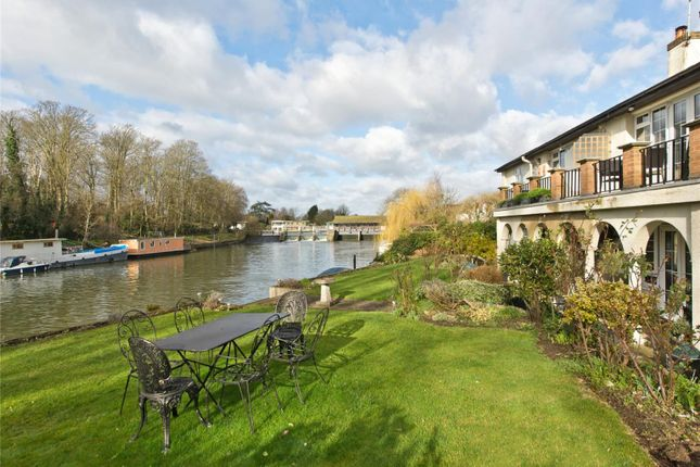 Thumbnail Flat for sale in Brunstan Court, Hampton Court Road, East Molesey, Surrey