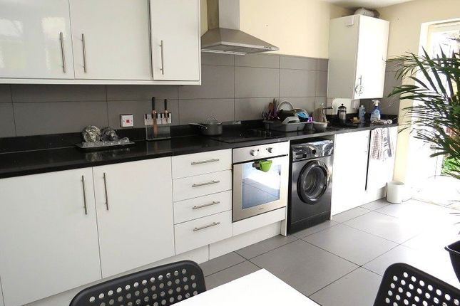 Thumbnail Terraced house to rent in Frith Road, Leyton