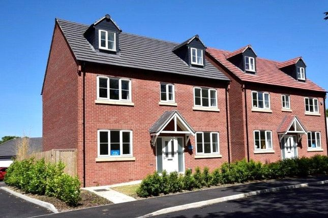 Thumbnail Detached house for sale in Stroud Road, Gloucester, Gloucestershire