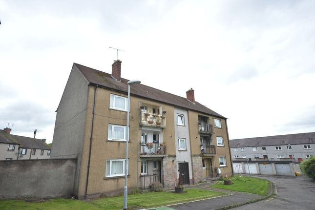 Thumbnail Flat for sale in Primrose Place, Tillicoultry