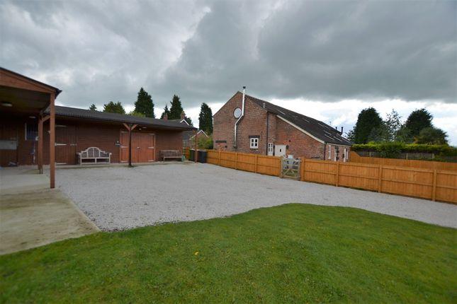 Thumbnail Barn conversion for sale in Arclid Shire Barns, Reynold's Lane, Sandbach