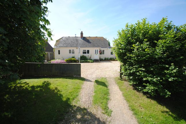 Thumbnail Bungalow for sale in West Street, Childrey, Wantage