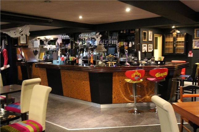 Photo 7 of The White Heart. Bridge End, Penistone, Sheffield, South Yorkshire S36