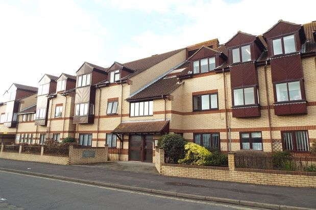 Thumbnail Flat to rent in Elmore Road, Lee-On-The-Solent