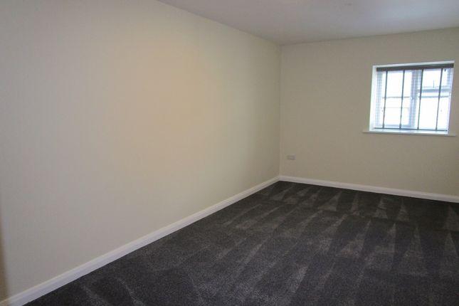 Thumbnail Flat to rent in Davies Street, Brynmawr