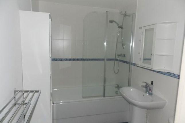 Bathroom of Einstein Crescent, Duston, Northampton NN5