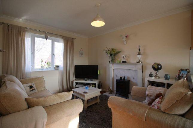 Thumbnail Flat to rent in Didcot Close, Shrewsbury, Shropshire