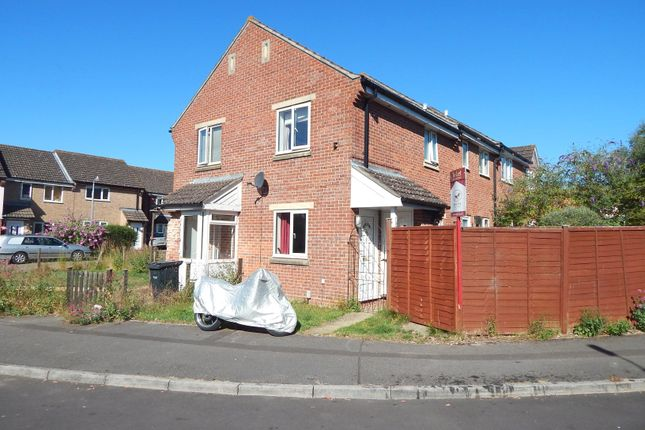 Thumbnail Property to rent in Sheen Close, Salisbury, Wiltshire