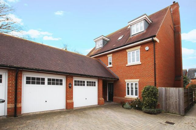 Thumbnail Detached house for sale in St. Katherines, Wantage