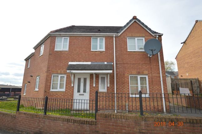 Thumbnail Property to rent in Olanyian Drive, Manchester