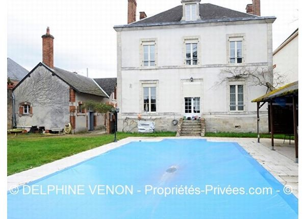 5 bed property for sale in 45110, Châteauneuf-Sur-Loire, Fr