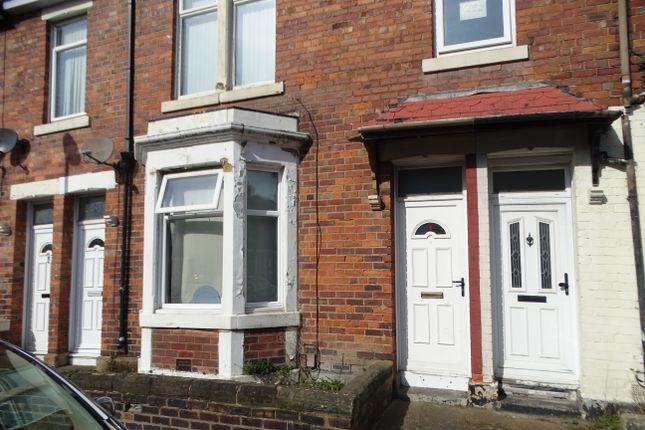 Thumbnail Flat to rent in Durham Street, Wallsend