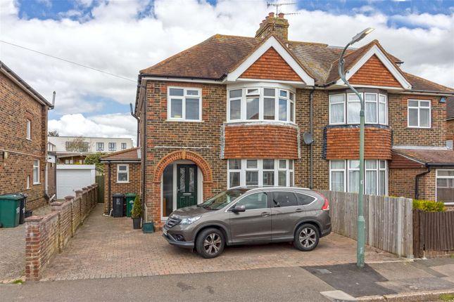 4 bed property for sale in Mile Oak Gardens, Portslade, Brighton BN41