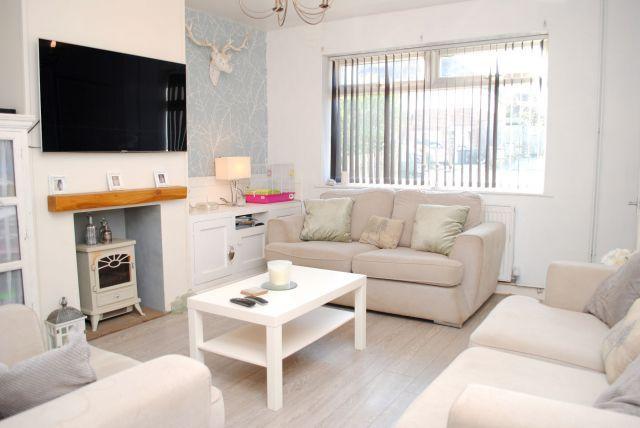 Lounge of Eastern Avenue North, Kingsthorpe, Northampton NN2