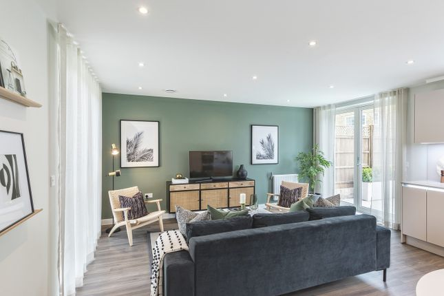 Thumbnail Town house for sale in Acton High Street, Acton