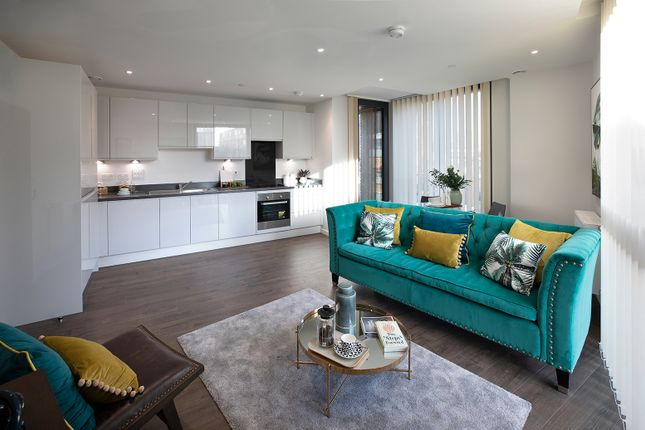 Thumbnail Flat for sale in 20 Bridle Mews, Aldgate