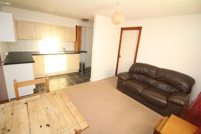 Thumbnail Flat to rent in Flat B Brooke House, Brooke Avenue, Milford Haven