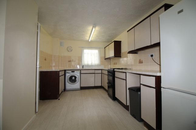 Thumbnail Terraced house to rent in Troyes Close, Coventry