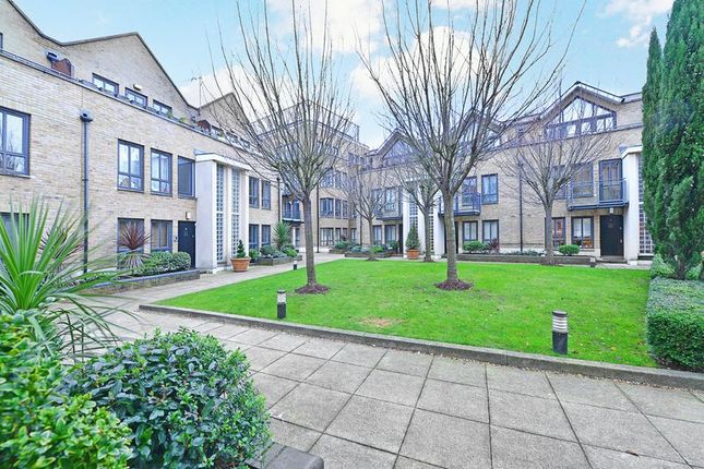 Thumbnail Town house for sale in Brightlingsea Place, Limehouse