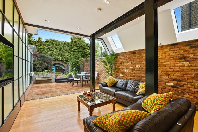 Thumbnail Terraced house for sale in Lichfield Road, Bow, London