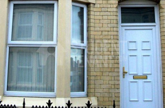 Thumbnail Detached house to rent in Adelaide Road, Liverpool