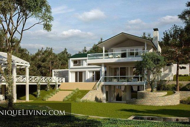 Villa for sale in Sotogrande, Costa Del Sol, Spain