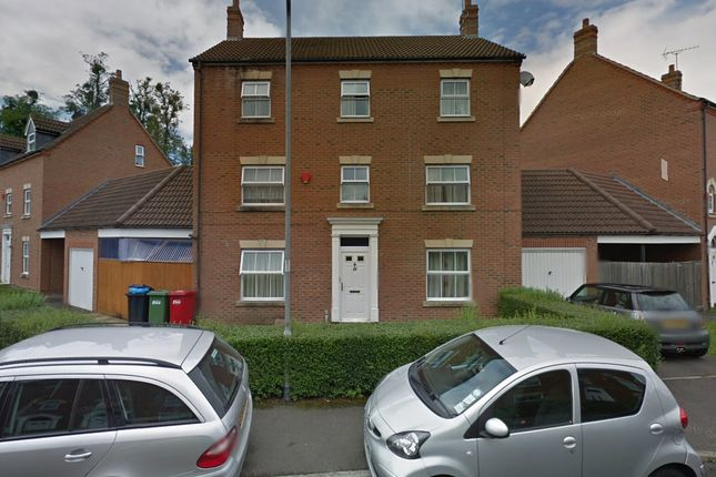 Thumbnail Town house for sale in Parsons Road, Slough