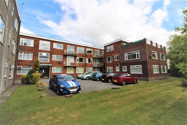 Thumbnail Flat to rent in Dovehouse Close, Whitefield, Manchester