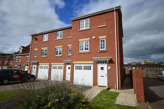 Thumbnail Town house to rent in The Haven, Selby