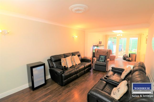 Thumbnail Bungalow to rent in Mcgredy, Cheshunt, Waltham Cross