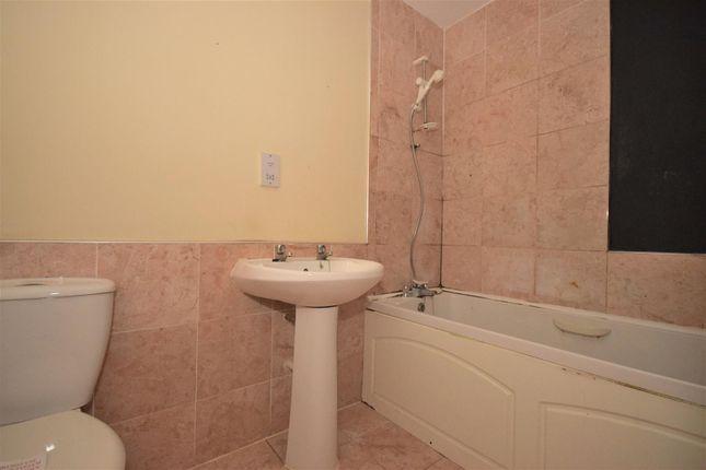 Bathroom of River View, Low Street, Sunderland SR1