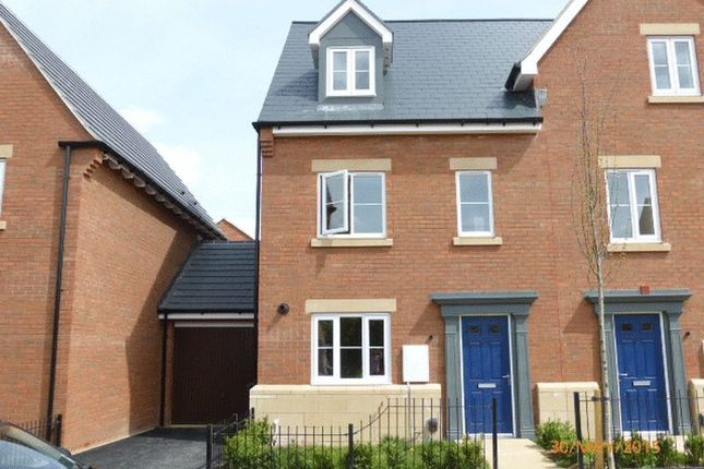 Thumbnail Town house to rent in Wagtail Grove, Bishops Cleeve, Cheltenham
