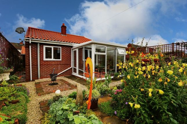 Thumbnail Bungalow for sale in Castledyke West, Barton-Upon-Humber