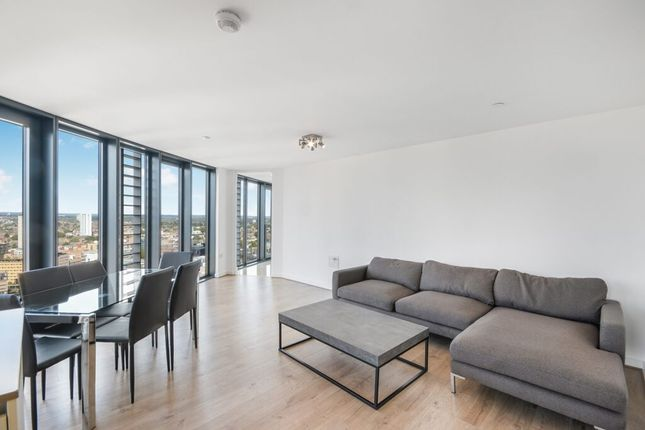 3 bed flat for sale in Station Street, London E15
