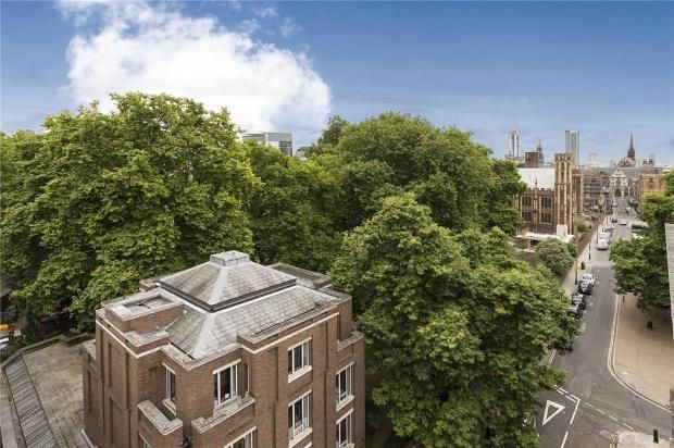 Thumbnail Flat for sale in Whetstone Park, Covent Garden, London
