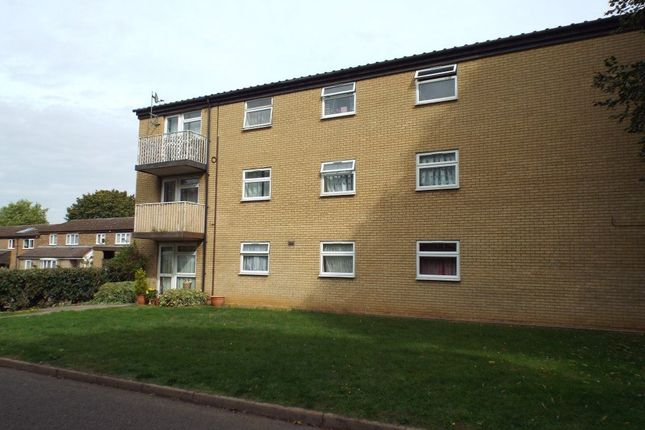Thumbnail Flat to rent in Blenheim Way, Stevenage