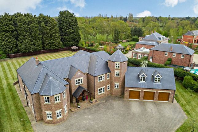 6 bed detached house for sale in The Fairways, Torksey, Lincoln LN1