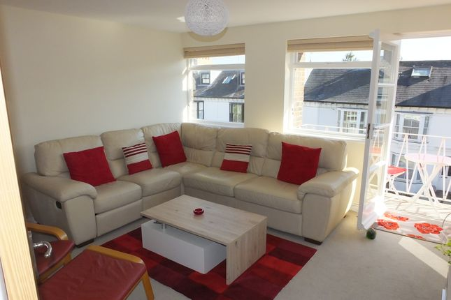 Thumbnail Flat to rent in Grange Court, Grange Road, Lewes