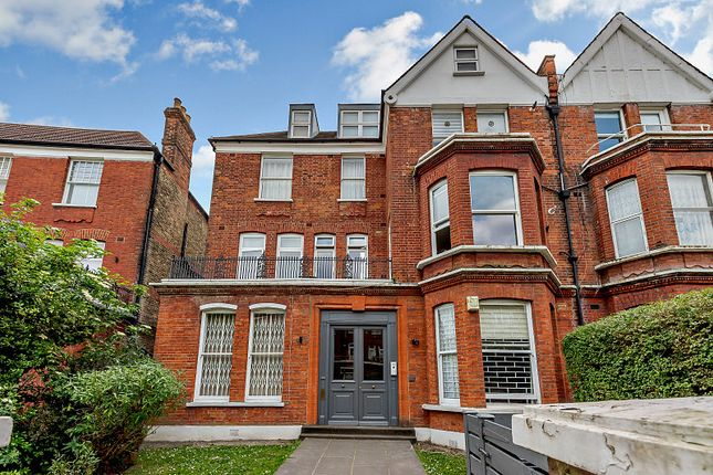 Thumbnail Flat for sale in Compayne Gardens, London
