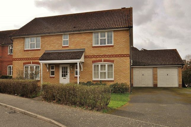 Thumbnail Detached house for sale in Kestrel Close, Ashford