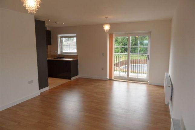 Thumbnail Flat to rent in Campion Square, Dunton Green, Sevenoaks