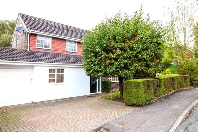 5 bed detached house for sale in Lakeside, Bracknell, Berkshire