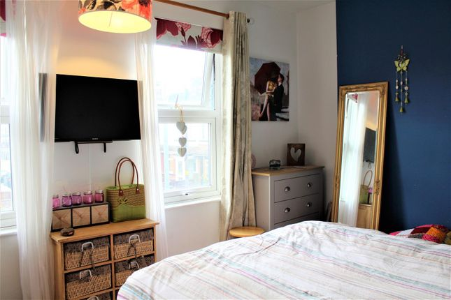 29 Bostock (Bedroom1)