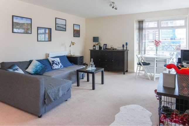 Living Area of Great Brier Leaze, Patchway BS34