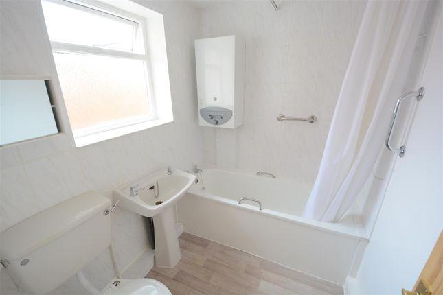 Bathroom of Abbots Road, Selby YO8