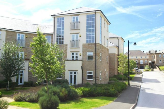 2 bed flat for sale in Burnstall Crescent, Menston, Ilkley