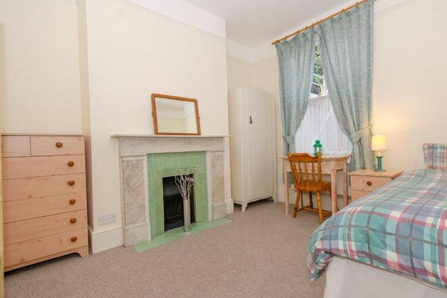 Bedroom 2 A Lr of Cheverton Road, London N19