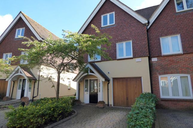 Thumbnail Property to rent in Colonel Crabbe Mews, Southampton