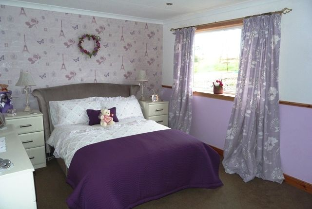 Bedroom of Upper Bayble, Isle O HS2